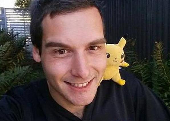 tomo-currie-entrenador-pokemon